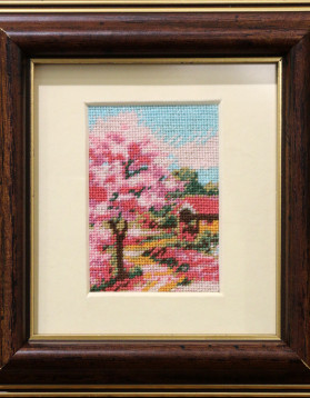 Tablou goblen - Primavara - 7x5 cm (rama 14,5x 13,5 cm) 10 culori - 90 lei